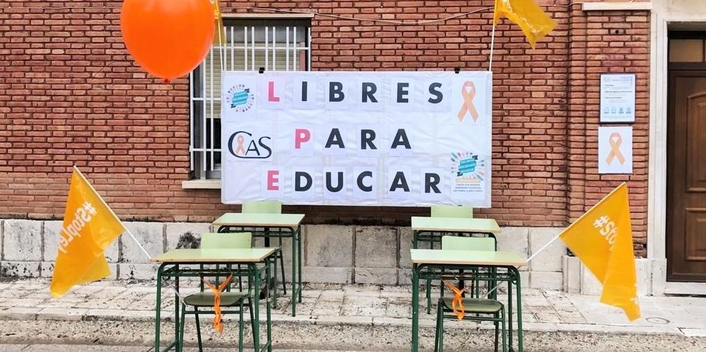 """Marea naranja por la libertad de enseñanza: """"libres para educar"""""""